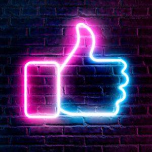 Facebook cache le nombre de goûts et réactions sous les posts