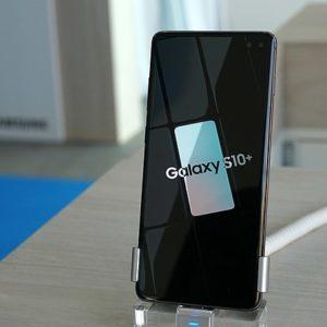 réparer les problèmes tactiles accidentels de l'écran du Galaxy S10