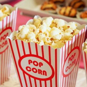 regarder un film au cinéma