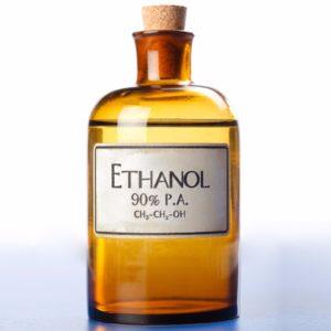 L'alcool éthylique nettoie et désinfecte parfaitement