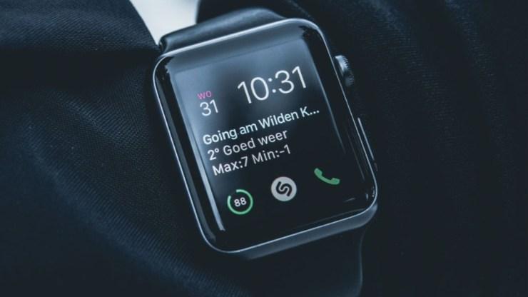 Attendez un nouvel écran Apple Watch