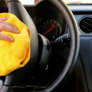 Comment désinfecter votre voiture