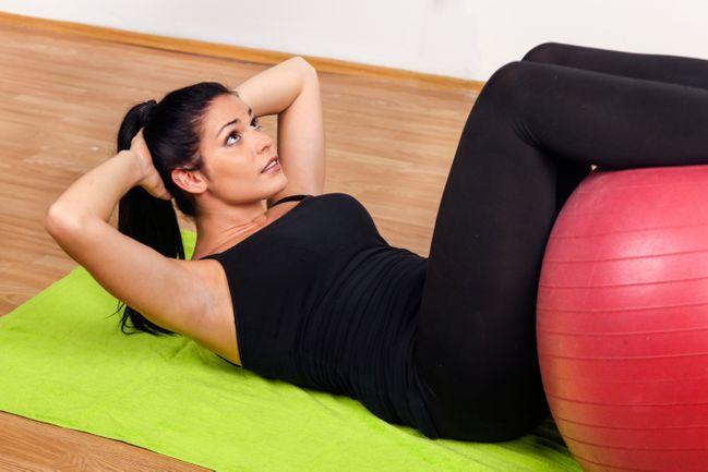 Exercices pour les abdos élevés