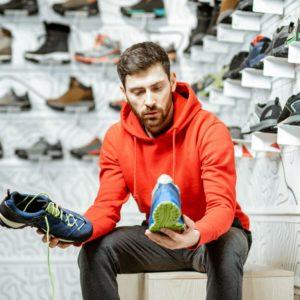 Mode printemps-été 2020: chaussures pour hommes.