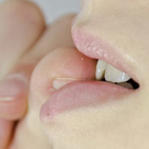 Nails: les 8 comportements qui les ruinent