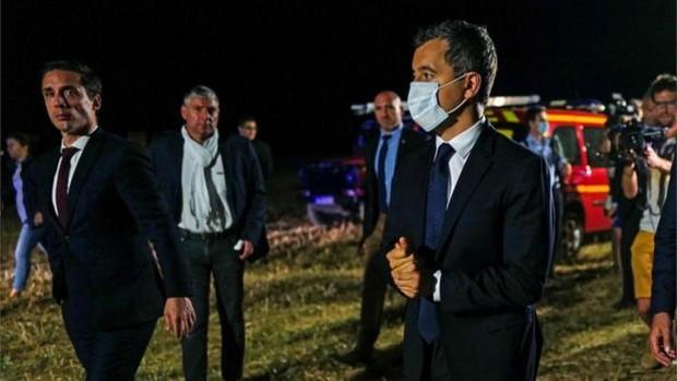 Le ministre français de l'Intérieur Gérald Darmanin s'est rendu sur les lieux lundi