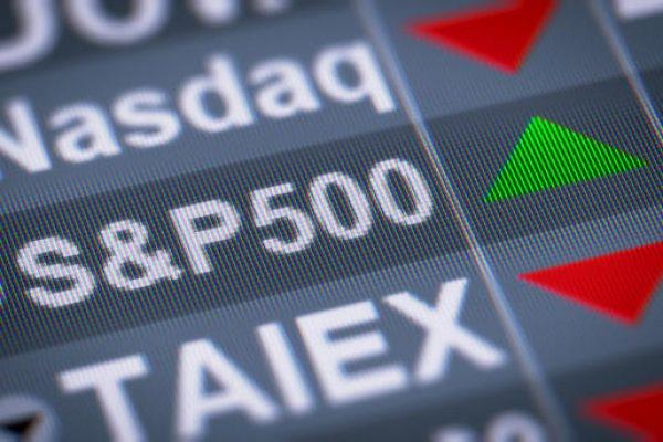 S&P 500 indice boursier basé sur 500 grandes sociétés cotées en bourse aux États-Unis