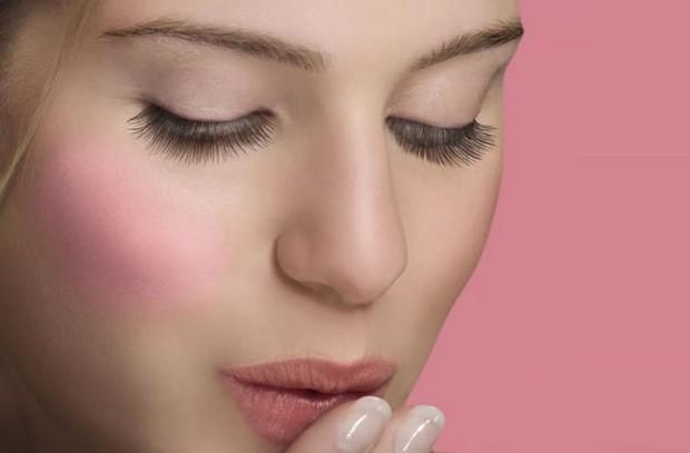 Utilisez du rouge à lèvres au lieu du blush