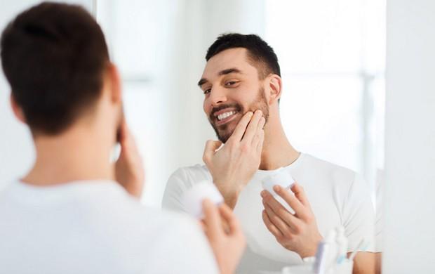 utilisez un baume à barbe