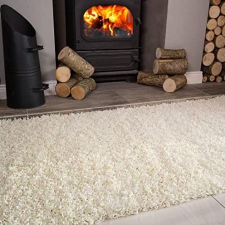 Poser un tapis épais en hiver pour rester au chaud