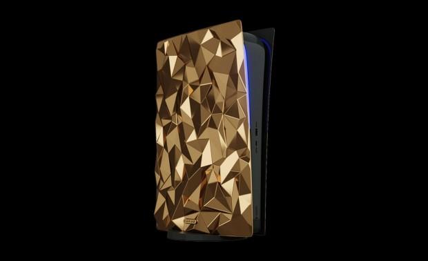 PS5 personnalisée en or massif