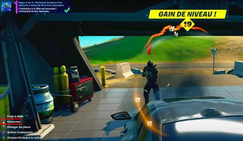 Actionner le Klaxon d'un véhicule à moins de 10 m d'un adversaire